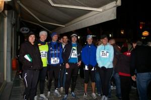 voor de start met andere webloglopers. van links naar rechts: Tina, Herman, Koen, Cremke, Ikke, Nico en Katrien