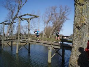 kilometer 13: op de brug dicht tegen de wallen van sluis
