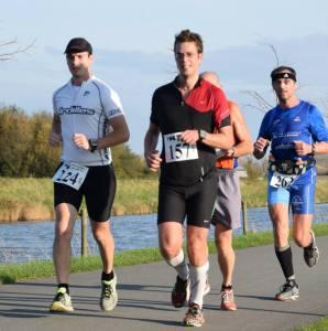 Op pad samen met Tony, bezig aan onze inhaalrace (foto: Tim Verbeke/Tims Sportpics)